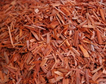 Sandalwood (Pterocarpus antalinus) dye colour: salmon, orange, brown shades - Natural Dye
