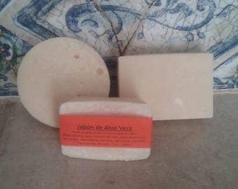 Aloe Vera soap, artisan soaps, natural soaps, moisturizer, nourishing soap, olive oil, vegetable soap.