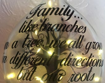 Family tree bottle light/lamp 'Family... like branches on a tree, we all grow in different directions, but our roots remain as one'