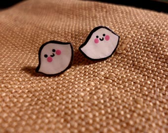 Ghost Stud Earrings, Cute ghosts, Kawaii Ghost, Kawaii Spirit, Kawaii Halloween, Halloween Jewelry, ghost jewellery, ghost gifts, cute studs
