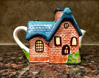 Thomas Kinkade House Teapot