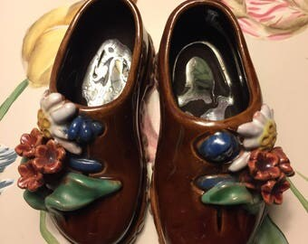 Liezen Shoes of Austria Red Clay Pottery Wall Pocket Ash Tray Shoes