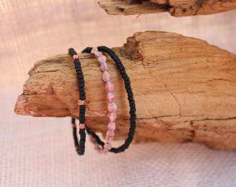 Rose Colored Czech Glass Beads with Black Seed Bead Bracelet