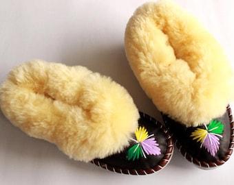 Fur LEATHER slippers SHEEPSKIN warm home shoes for men women sheep wool moccasins natural footwear winter boots woolen winter shoes handmade