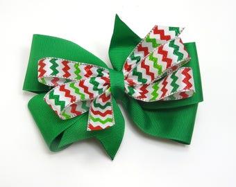 Green Chevron Hair bow, Christmas Hair Bow, Girl's Christmas Bow, Green Holiday Hair Bow, Chevron Holiday Bow, Green Holiday party bow