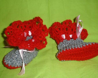 Handmade Crochet Baby shoes for your little baby