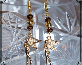 Earrings with charms and brown crystals