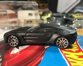 Custom Hot Wheels 17 Aston Martin One-77 Flat Black