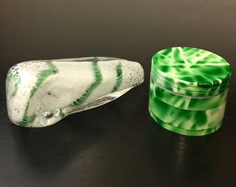 Herb Grinder // Herb Grinder with Glass Tobacco Pipe / Black 2' inches Herb Grinder // Christmas Gift