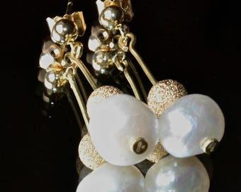 Pearl earrings 18ct gold hallmarked new Wedding Dress accompaniment