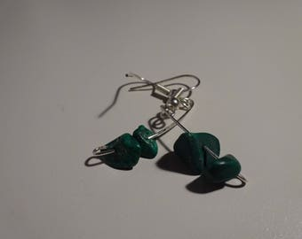 Emerald Curved Mismatch Earrings