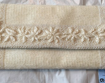 Vintage cream beaded clutch