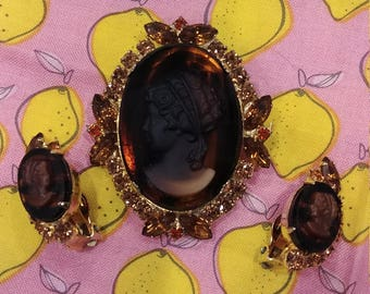 Vintage Juliana (DeLizza & Elster) Amber Cameo Brooch and Earring Set