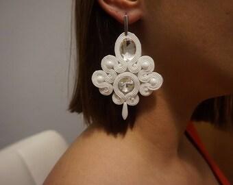 earrings soutache white