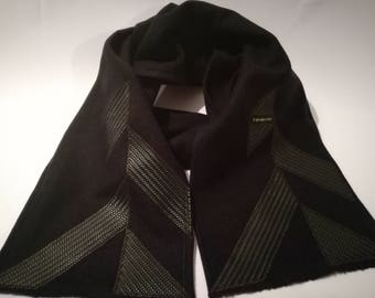 BEAST BUSINESS SCARF