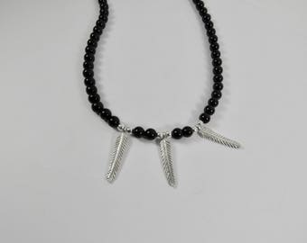 Silver leaf necklace with onyx Isuatl