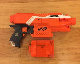 Fully modified Nerf Stryfe blaster rewired and Lipo ready. Fully customizable, read entire description.