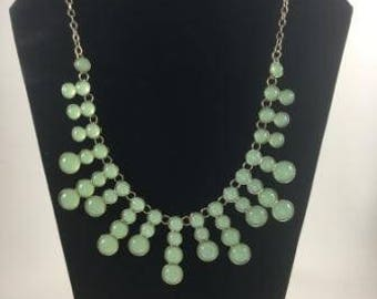 Light green round stones necklace