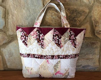 Tote bag in hand quilted pieced patchwork fabric