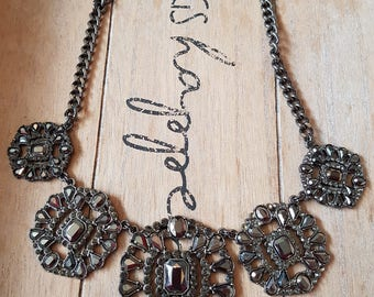 Vintage style large chunky statement diamante necklace