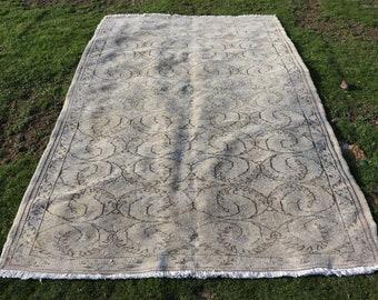 Rustic rug, 5.4 x 8.5 ft. Free Shipping interior rug, home design rug, boho rug, nomadic rug, beige rug, livingroom rug, wool rug, MB571
