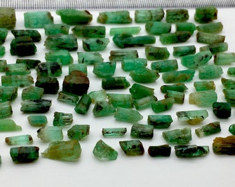 187 Carates Beautiful Crystal Type Rough Grade Emerald Lot From Afghanistan.