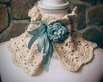 White wool knitted with Tiffany green flower