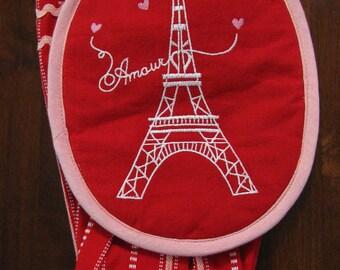 Paris Eiffel Tower Kitten Mitt and Hand Towel.