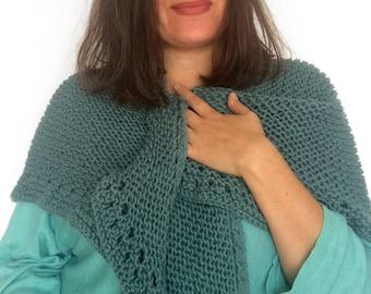 Knitted shawl / Knitted Scarf / green sea Shawl / Wool Shawl / Chal de punto / Bufanda / Casual