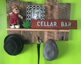 reclaimed pallet shelf with hooks