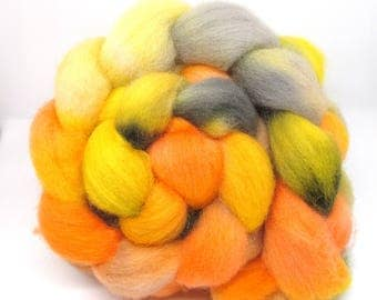 Hand Dyed Roving Combed Wool Top Whitefaced Woodland 100g WW38