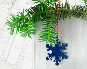 Circuit Board Ornament Snowflake, Geeky Ornament, Computer Science Gift, Christmas Ornaments, Techie Stocking Stuffer, Christmas Tree Decor