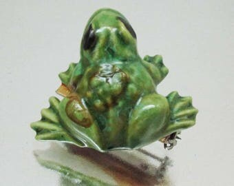 Vintage Ceramic 3 Dimensional Frog Pin Frog Brooch