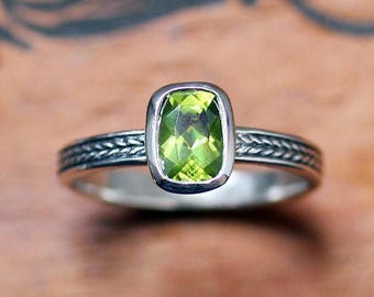 Silver peridot ring silver, August birthstone ring, peridot engagement ring, bezel set ring, silver braided ring, ready to ship sz 4.5
