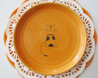 Fun cat ring dish, spoon rest or tea bag holder, glazed in orange with a polka dot cat