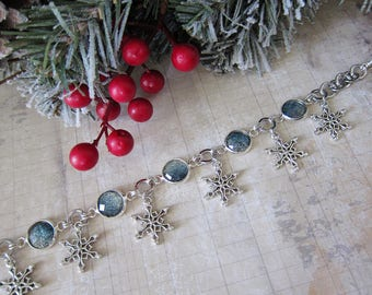 Snowflakes at Midnight - Glittering Silver and Blue Snowflake Bracelet