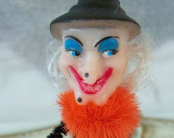 Vintage Style / Pipe Cleaner Halloween Witch Figure / Vintage Craft Supplies / Broom / Dairy Cap