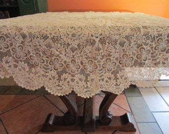 "Ivory PLASTIC Lace Tablecloth 60"" Round Vintage Wedding Bridal Diving"