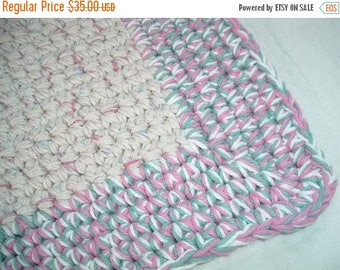 25% OFF STORE SALE Crocheted Bath Mat   Triple Cotton Yarn Cream Rose and Seafoam Green