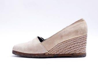 Summer Sale Vintage Woven Summer Wedges// Platform Minimal vintage 70s// Ladies Suede Wedge Heel Shoes// 8N size