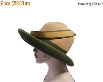 Summer Sale Vintage Valerie Modes Hat// 1960's Green Wool Felt Hat// Ladies Green Doeskin Wool Fedora By Geo W Bolman// 203