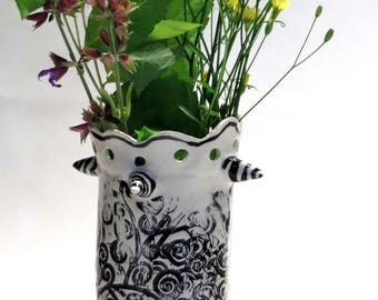 Three Legged Black and White Swirly Design Ceramic Vase With Scappoled Edge and Points