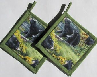 Black Bears In The Woods Potholders, Bear Theme Kitchen, Bear Pot Holders,  Bear