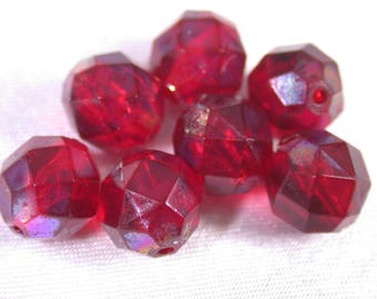 Vintage Lucite BEADS Ruby Red Faceted 8mm pkg8 res113