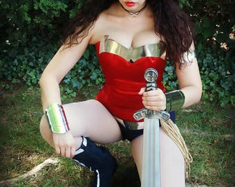 Silver Wonder Woman chestplate armor and belt pieces to make your own costume cosplay