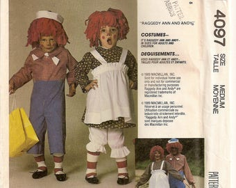 Raggedy Ann Costume, Raggedy Andy Costume, McCalls 4097 Sewing Pattern, Size 36 38, Sewing Supplies, Halloween Costume, Misses Costume, Cute