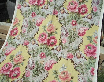 40s Floral linen fabric, 3.25 yds, Barkcloth Era - Cohama Florentine rose bouquet scrolls - Hollywood Baroque