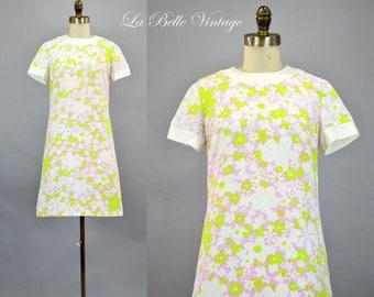60s Mini Dress S XS Vintage Floral Cotton Waffle Pique