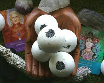 Sacred Smudge Reiki-Charged Sage Bath Bomb Natural Handmade Bath Fizzy