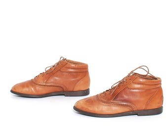 size 8.5 GRUNGE tan leather 80s 90s HIKING lace up derby ankle boots